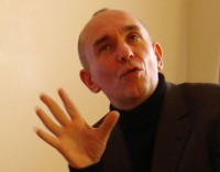 Peter Molyneux jazz hands